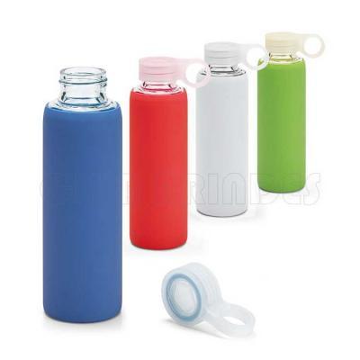 Squeeze. Vidro borossilicato. Com tampa em PP e bolsa em silicone. Disponível em várias cores. Gr...