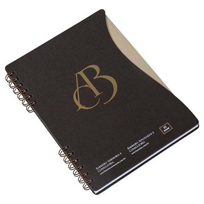 Caderno Personalizado. Capas de cartão revestido com Papéis Especiais, recorte lateral, embalagem em caixa de cartão branco