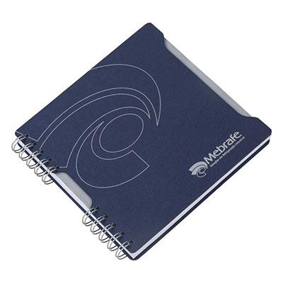 Caderno Capa em cartão revestido com Papéis Especiais, recorte lateral, embalagem em caixa de cartão branco