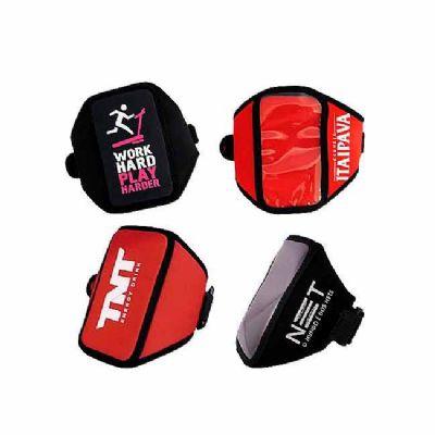Finaú Brindes Promocionais - Braçadeira personalizada para celular e ipod  confeccionada em neoprene de 3 mm com ou sem visor plástico- Banner 2. Sua marca presente nas práticas e...