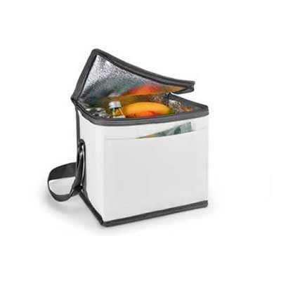 - Bolsa térmica. 600D. Com alça ajustável em webbing e bolso frontal.  Capacidade até 9 litros. Food grade. 240 x 220 x 170 mm