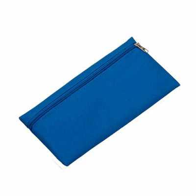 nexo-brindes - Necessaire Nylon Personalizada  Descrição: Necessaire de nylon 600 com zíper, frente e verso liso.  Tamanho total aproximado  (CxL):  12,7 cm x 25,4 c...