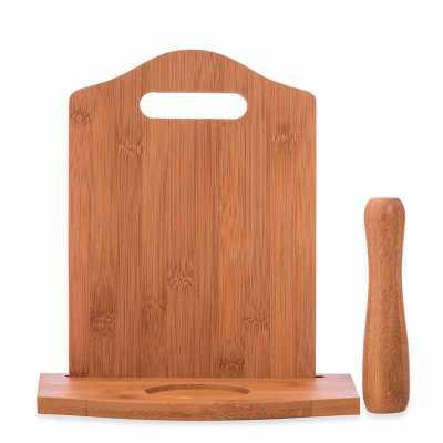 Nexo Brindes - Kit Caipirinha 3 peças  Descrição: Kit caipirinha 3 peças com: tábua de corte, socador e suporte para copo. Material de madeira, tabúa além de possuir...