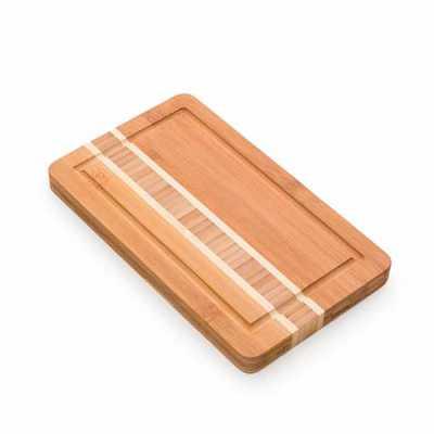 Tábua pequena de bambu para corte com canaleta. Medidas aproximadas para gravação (CxL): 20,2 cm ...