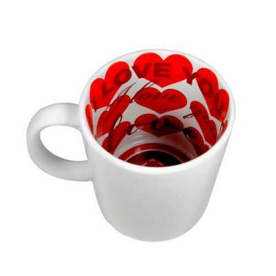 nexo-brindes - Caneca de Cerâmica Love  Dimensões: Altura: 9 cm    Diâmetro: 8 cm  Área de Gravação: 19x8 cm  Capacidade: 325 ml  SUA MARCA APLICADA EM: Sublimação