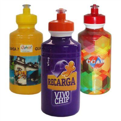sertha-brindes - Squeeze plástico 500ml sleeve