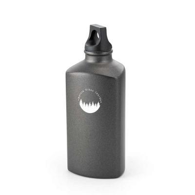 SLATER. Squeeze Squeeze. Alumínio. Com tampa em PP. Capacidade: 600 ml. Food grade. Caixa branca ...