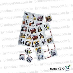 Brindes Visão - O Rei do E.V.A... - Jogo da Memória com impressão 4 cores cromia em Off-Set. Dublado em E.V.A. Medida: 21x17,5 cm - 15 Pares  / 20x27 cm - 9 Pares