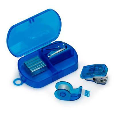 Kit escritório 4 peças em estojo plástico. Possui grampeador, conjunto com dez grampos, furado de...
