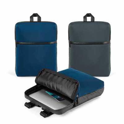 Mochila para notebook. Soft shell de alta densidade e c. sintético. Com 2 compartimentos. Compart...