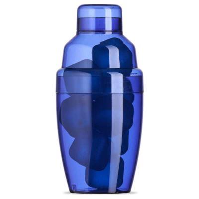 ewox-promocional - Coqueteleira plástica 230ml com gelo ecológico. Material colorido translúcido, possui tampa de encaixe com peneira e tampa protetora para bocal da pen...