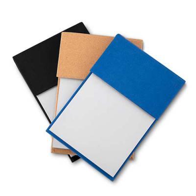 Bloco de anotações ecológico com sticky notes. Capa colorida, possui 6 bloquinhos autocolantes coloridos com aproximadamente 20 folhas e bloco branco... - Ewox Promocional