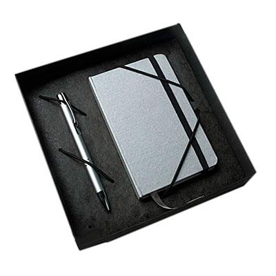 ewox-promocional - Kit contendo uma caneta e um moleskine em uma caixa craft.