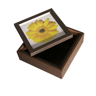Ideko Brindes - Caixa multiuso em madeira com tampa de encaixe.