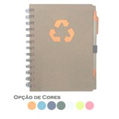 Bloco de anotações e caneta, material reciclado.