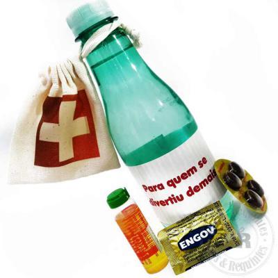 Kits & Requintes - Água personalizada (com ou sem gás) 500ml, contendo 1 saco ecológico (9cm A x8cm L) personalizado, com 1 Neosaldina, 1 protetor hepático e 1 Engov.