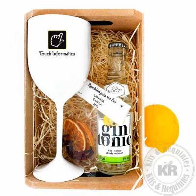 Caixote de madeira decorado com palha, acompanha taça para gin personalizada, 1 limão siciliano, ...