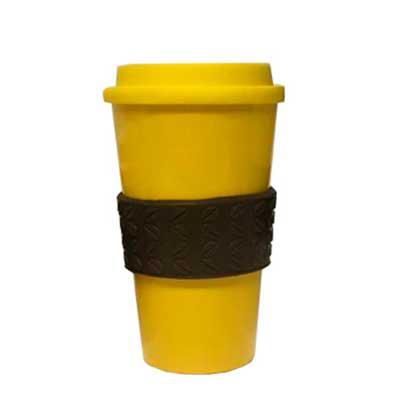 - Copo com tampa e luva grão de café 500 ml