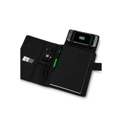 No Ato Brindes - Capa para Caderno com Powerbank Personalizada