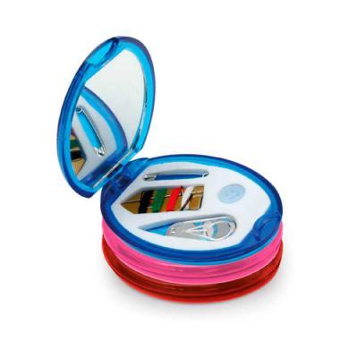 agitalle-brindes-promocionais - Kit de costura. Incluso 1 agulha, 1 enfia agulha, 1 botão, 4 linhas de cor e 1 alfinete. 75 x 55 x 10 mm