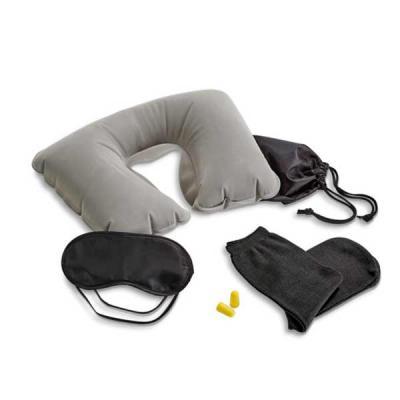 Agitalle Brindes Promocionais - Kit de viagem. Incluso almofada de pescoço, máscara para dormir, tampões para ouvidos (não é um equipamento de proteção individual) e 1 par de meias....