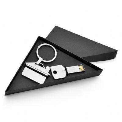 Conjunto pen drive e chaveiro metal