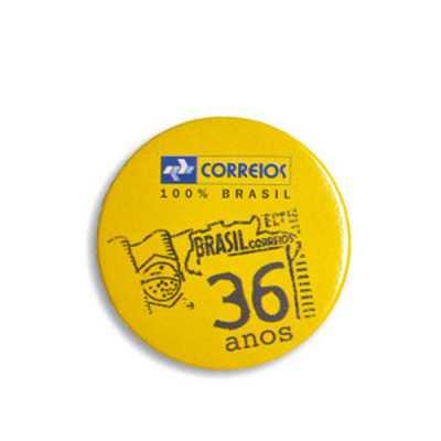 direct-brindes-personalizados - Button personalizado modelo americano - redondo e prensado a imagem impressa em papel fotográfico com dispositivo em alta resolução.