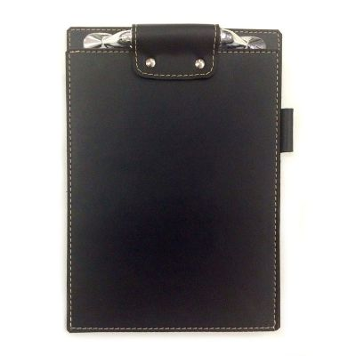 UP Couro - Bloco personalizado pespontado, confeccionado em couro ou sintético, com ferragem na testa com dois rebites, gravação da capa em relevo, porta caneta,...