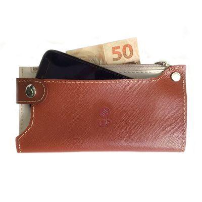 up-couro - Carteira, confeccionada em couro ou sintético, com porta cartões, também utilizada como porta celular. Medida: 17x9 cm