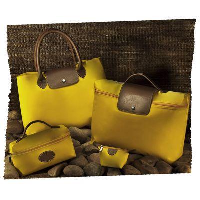 up-couro - Kit feminino, em couro ou sintético com detalhes em nylon, com: pasta, sacola, porta níquel e necessaire