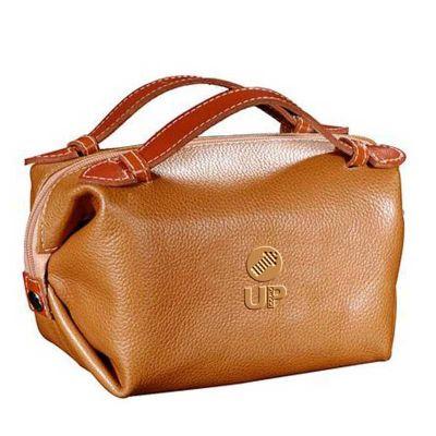UP Couro - Nécessaire personalizada confeccionada em couro ou sintético.