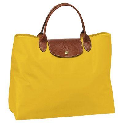 Sacola feminina, confeccionada em nylon com detalhes em couro ou sintético - UP Couro