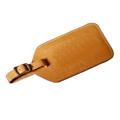 Tag de mala em couro ou sintético. Medidas 13x7 cm