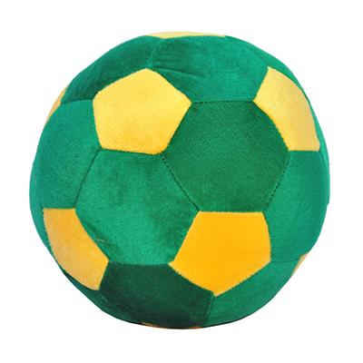 brasil-na-bagagem - Bola de futebol pelúcia verde e amarela. Feita em plush 80% algodão, 20% poliéster e enchimento 100% poliéster. Produto antialérgico