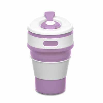 """- Copo retrátil  personalizado 350ml de silicone, livre de BPA. Tampa plástica de encaixe com abertura para o bocal, acompanha """"luva"""" plástica branca, e..."""