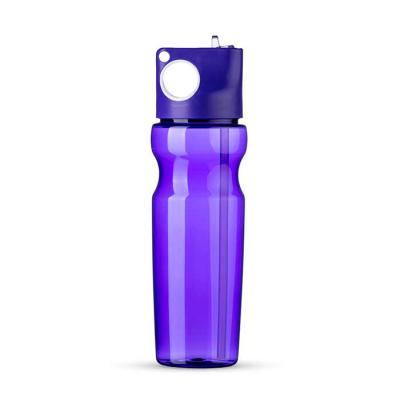 - Squeeze plástico 900ml colorido transparente, tampa rosqueável de pintura leitosa com detalhe branco, possui bico inclinável e canudo interno. Tamanho...