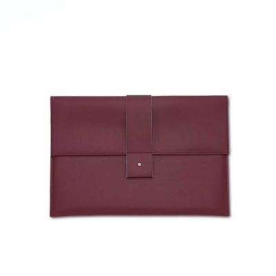 Alvo Couro - Seu visual moderno e formal é perfeito para o ambiente de trabalho, com um bolso, para armazenar seus pertences, a pasta de mão leva tudo o que lhe é...