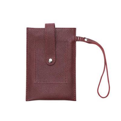 Alvo Couros - Para quando você não achar necessário levar bolsa ou carteira, como em um almoço do dia-a-dia, o porta celular em couro possui muito espaço e porta ca...