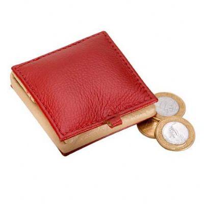 Alvo Couros - Porta moedas em couro com fechamento em botão de pressão.