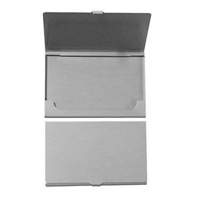 Topy 10 Brindes - Porta cartão de alumínio na cor Prata. Medidas para gravação (CxL): 4,6 cm x 8,5 cm Tamanho total (CxL): 6,0 cm x 9,3 cm Peso do produto: 17 g Peso do...