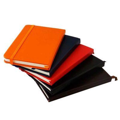 Caderno tipo moleskine personalizado - 3RC Brindes