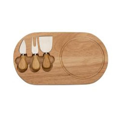 3RC Brindes - Kit queijo 3 peças com tábua de madeira  em formato oval