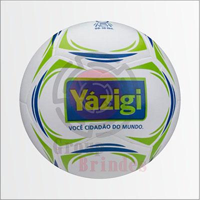c7402c6629eef Bola de futebol confeccionada em couro sintético