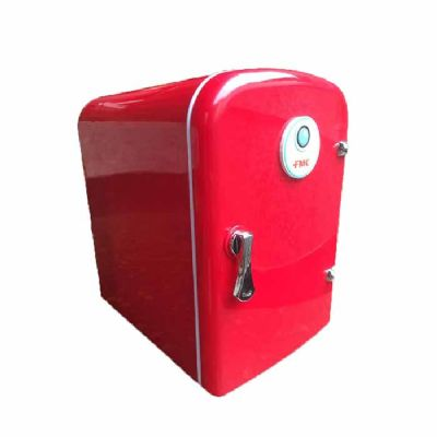 Mini geladeira portátil. Capacidade para 5 litros - Diferente Mente Brindes