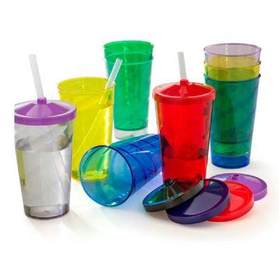 - Copos de acrílico com canudo e capacidade de 550 ml. Com ótima área para personalização da logomarca esse copo é resistente e está disponível em cores...