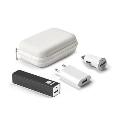 Energia Brindes - Kit de carregadores personalizados.