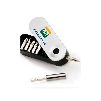 Kit ferramenta personalizado com impressão da logo em tampo grafia.