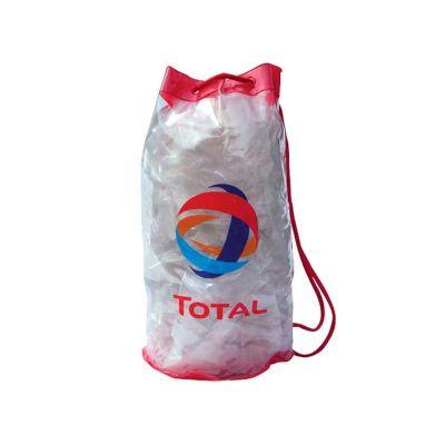 Mochila saco em PVC transparente personalizada.