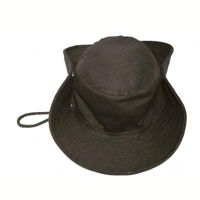 Chapéu de brim.