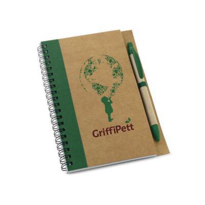GriffiPett - Caderno capa dura em papel kraft. Contém 60 folhas não pautadas de papel reciclado + esferográfica. Tam.13x17,7cm. Esferográfica com escrita azul. Per...